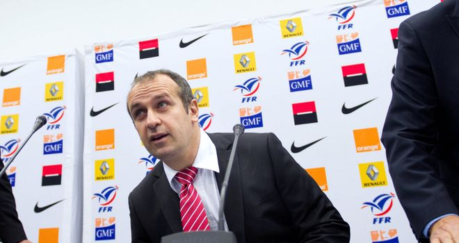 Phillipe Saint-Andre: Keeps squad unchanged for Argentina match