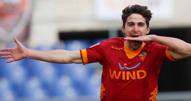 Fabio Borini: Roma striker 'seriously considering' interest from Liverpool