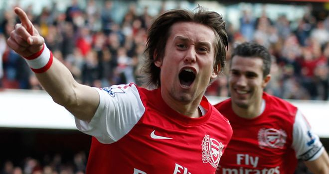 Tomas Rosicky: Midfielder determined to help Arsenal finish third