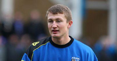 Callum Davies: Staying at Priestfield until summer of 2016
