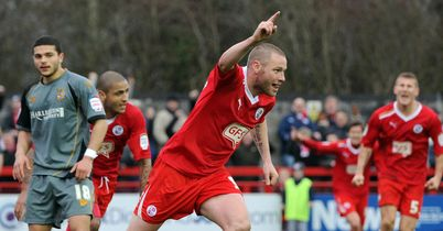 Alexander: Late equaliser for Crawley