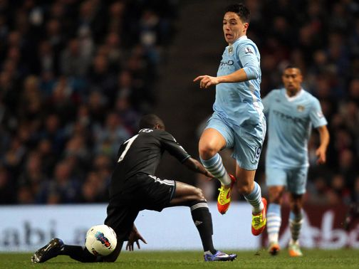 Samir Nasri skips away from Ramires