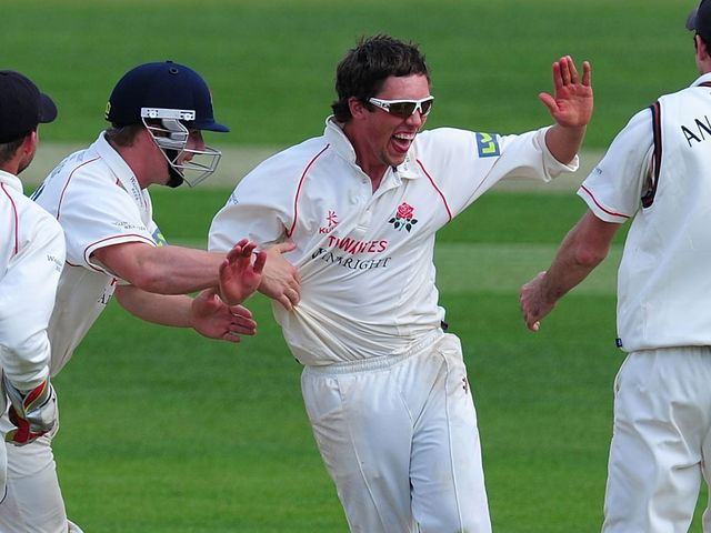 Simon Kerrigan: Took seven wickets for Lancashire