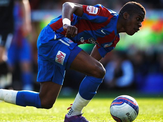 Wilfried Zaha: Double strike for Palace