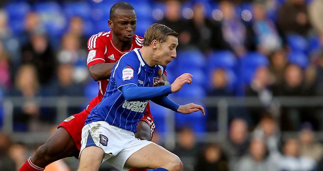 Lee Martin: Ipswich Town want to secure the midfielder on a new contract