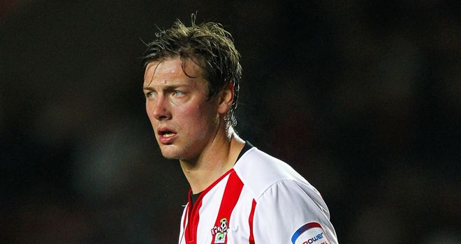 Lee Holmes: Southampton release midfielder as they prepare for life in Premier League