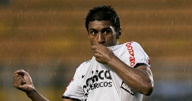 Paulinho: Midfielder expects an offer from Inter Milan but would prefer to stay with Corinthians