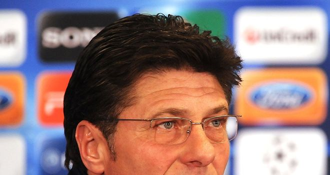 Walter Mazzarri: Feels his side must attack against Chelsea