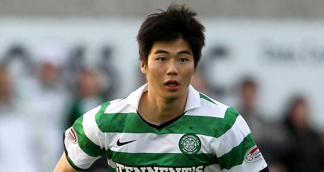Ki Sung-yueng: In talks with Swansea after they agreed a fee with Celtic