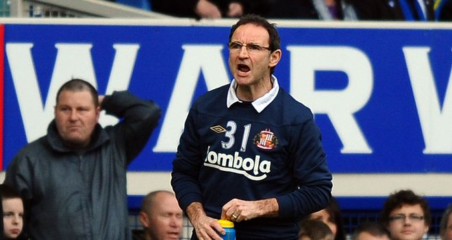 Martin O'Neill: Sunderland manager has admitted priority is to sign a striker in the summer