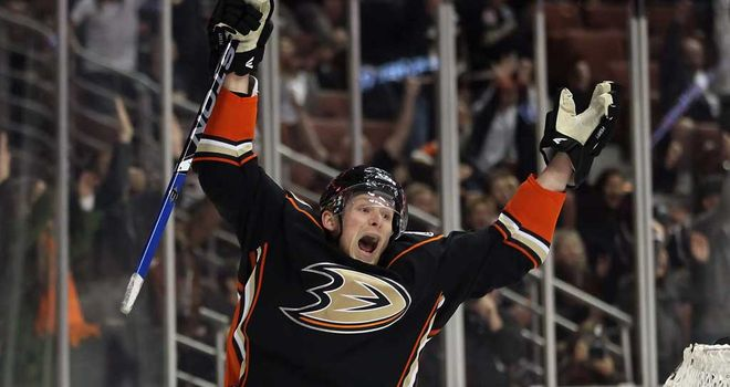 Corey Perry: Winning goal for Ducks