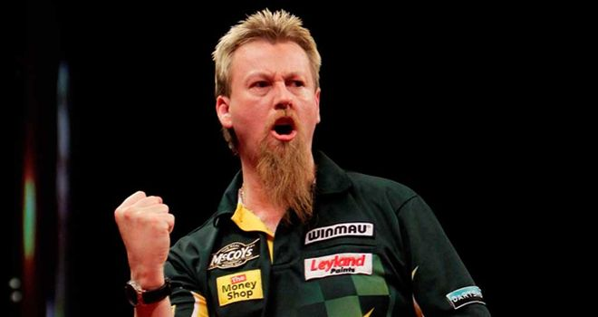 Simon Whitlock: Edged out Andy Hamilton to claim Players Championship title