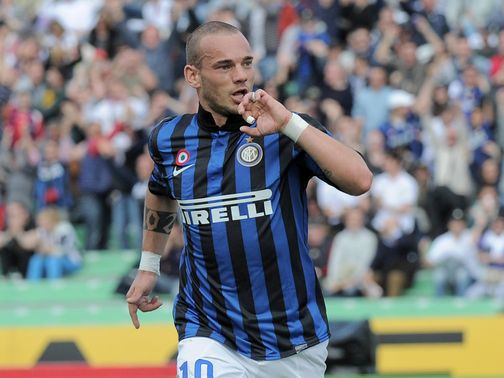 Wesley Sneijder: Not looking to leave