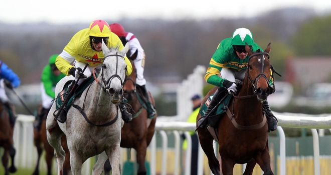 Sunnyhillboy just fails to get on top of Neptune Collonges last year