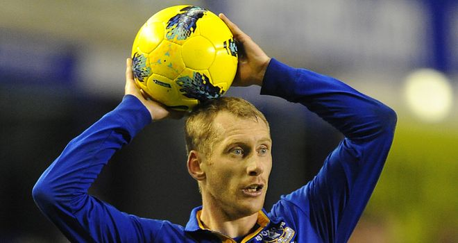 Tony Hibbert: Looking for Everton to mount another push for Europe in 2012/13