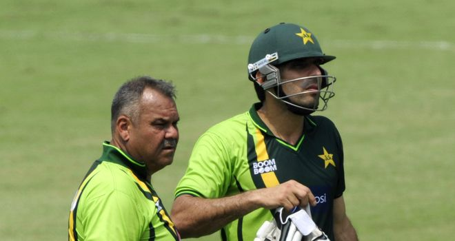 Dav Whatmore (left) and Misbah-ul-Haq: Pakistan coach and captain developing good working relationship