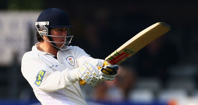 Dan Redfern: New three-year contract at Derbyshire