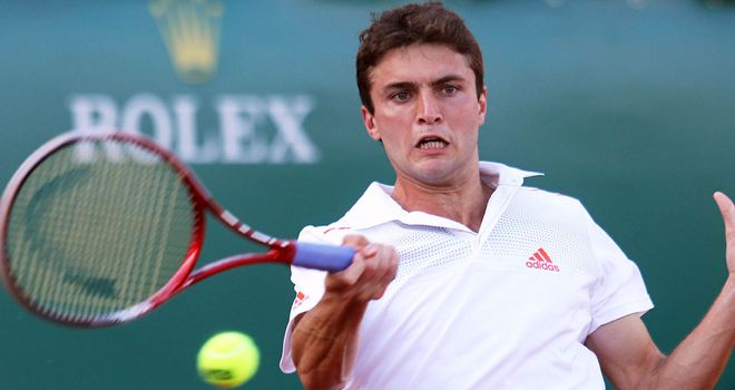 Gilles Simon: Started title defence with nervy victory over Carlos Berlocq
