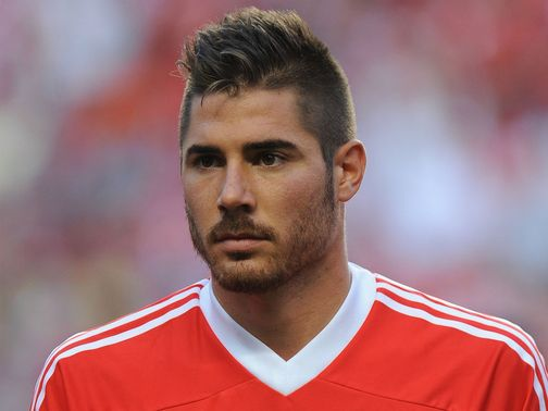 Javi Garcia: Move to Manchester City completed