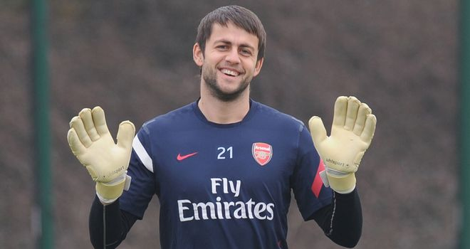 Lukasz Fabianski: Long lay-off ahead for Arsenal goalkeeper