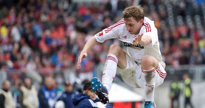 Stefan Kiessling: German forward keen to carry on playing for Bayer Leverkusen