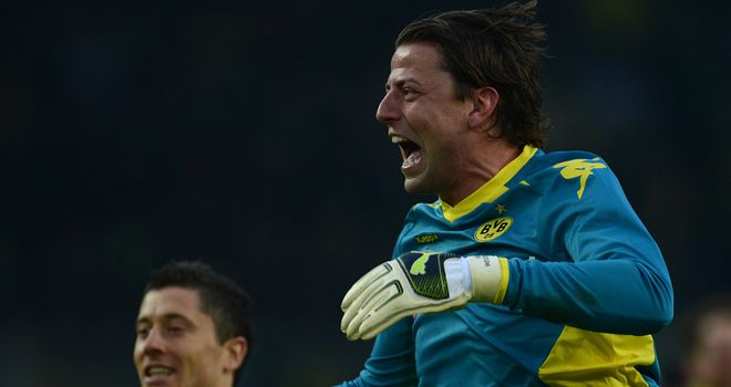 Roman Weidenfeller: Produced string of crucial saves