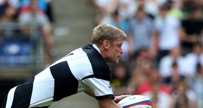 Iain Balshaw: Crossed for Barbarians' first try
