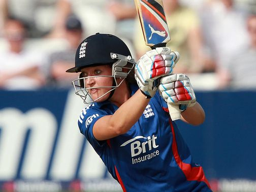 Sarah Taylor: In talks with Sussex