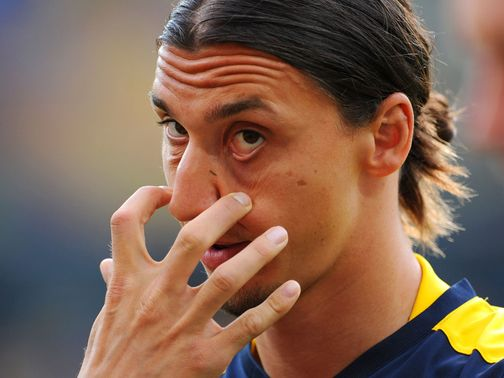 Zlatan Ibrahimovic: Reports claim he will join PSG