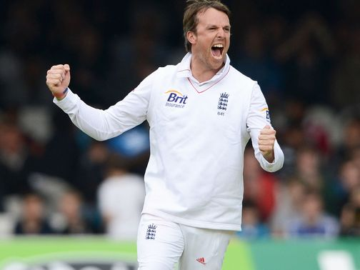 Graeme Swann: Recovering from elbow injury