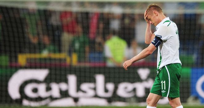 Damien Duff: Fulham winger is unlikely to return for Republic of Ireland, according to Kevin Doyle