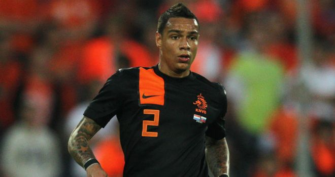 Gregory van der Wiel: Enjoying life in the French capital