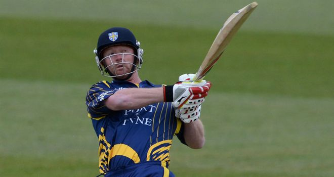 Paul Collingwood: suffered the injury during the Championship clash with Warwickshire