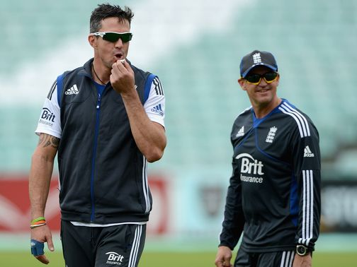 Pietersen and Flower at training on Tuesday