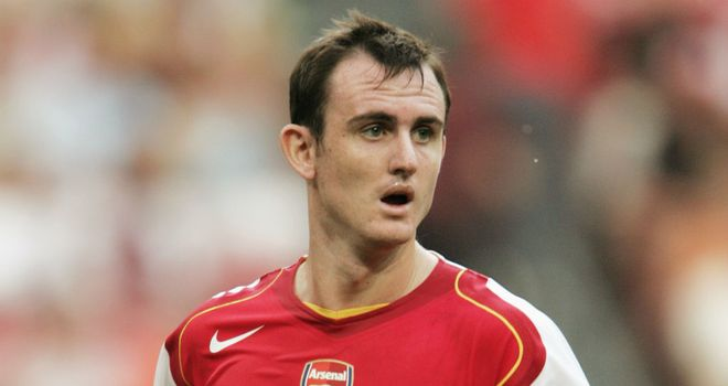 Francis-jeffers-arsenal-vs-river-plate_2793376