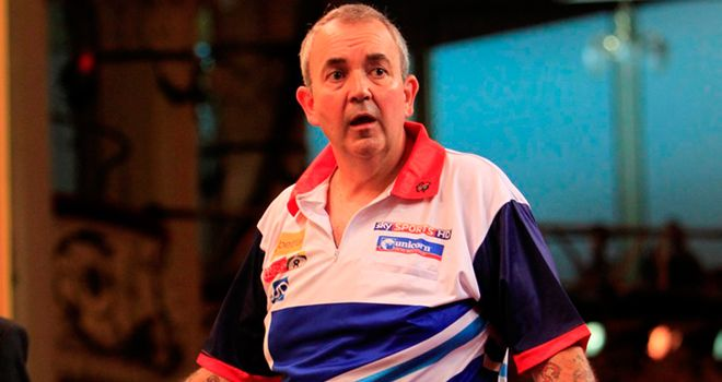 Phil Taylor: Back to form with old darts