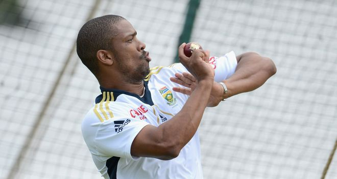 Vernon Philander: Passed fitness test on hamstring complaint