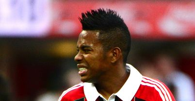 Robinho: Staying at AC Milan