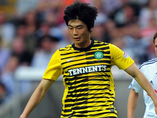 Ki Sung-yueng: Poised for Swansea move