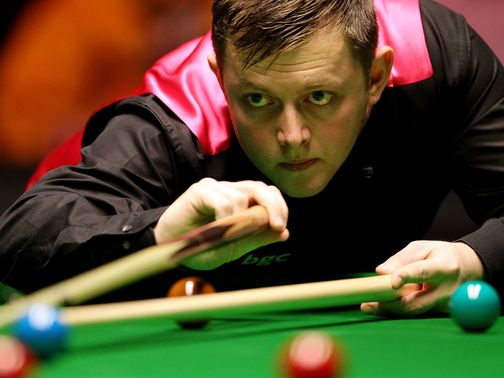 Mark Allen: Beat Peter Ebdon 4-2 in Group B