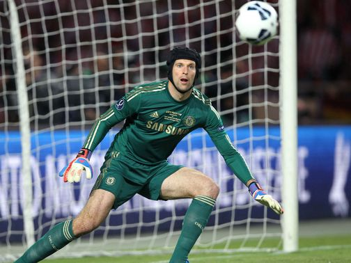 Petr Cech: Needs minor elbow operation