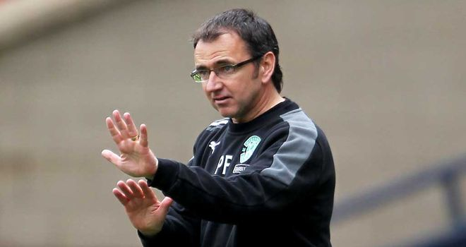 Pat Fenlon: Unhappy with Hibernian's display at Dundee