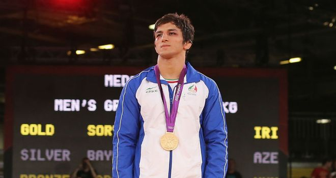 Hamid Soryan with his gold medal