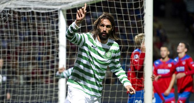 Samaras: Celebrates hitting the net for Hoops