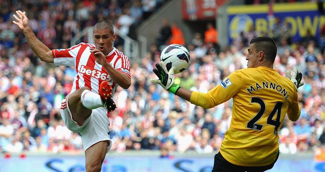 Vito Mannone: Says he has worked hard to improve as a goalkeeper