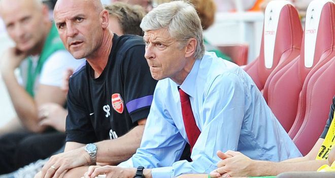 Arsene Wenger: Doesn't feel striker exit is a valid excuse for goal-shy Gunners