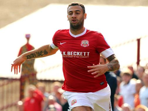 Craig Davies: Barnsley striker in talks over move to Bolton