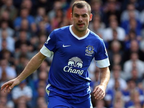 Darron Gibson: Faces four weeks out