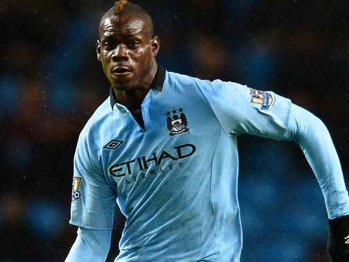 Mario Balotelli: Set to stay at Man City