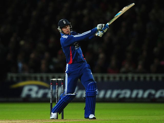Jos Buttler smashed 32 off 10 balls